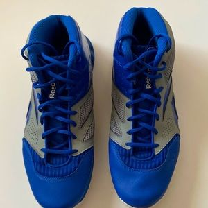 Reebox athletic blue and white sneakers